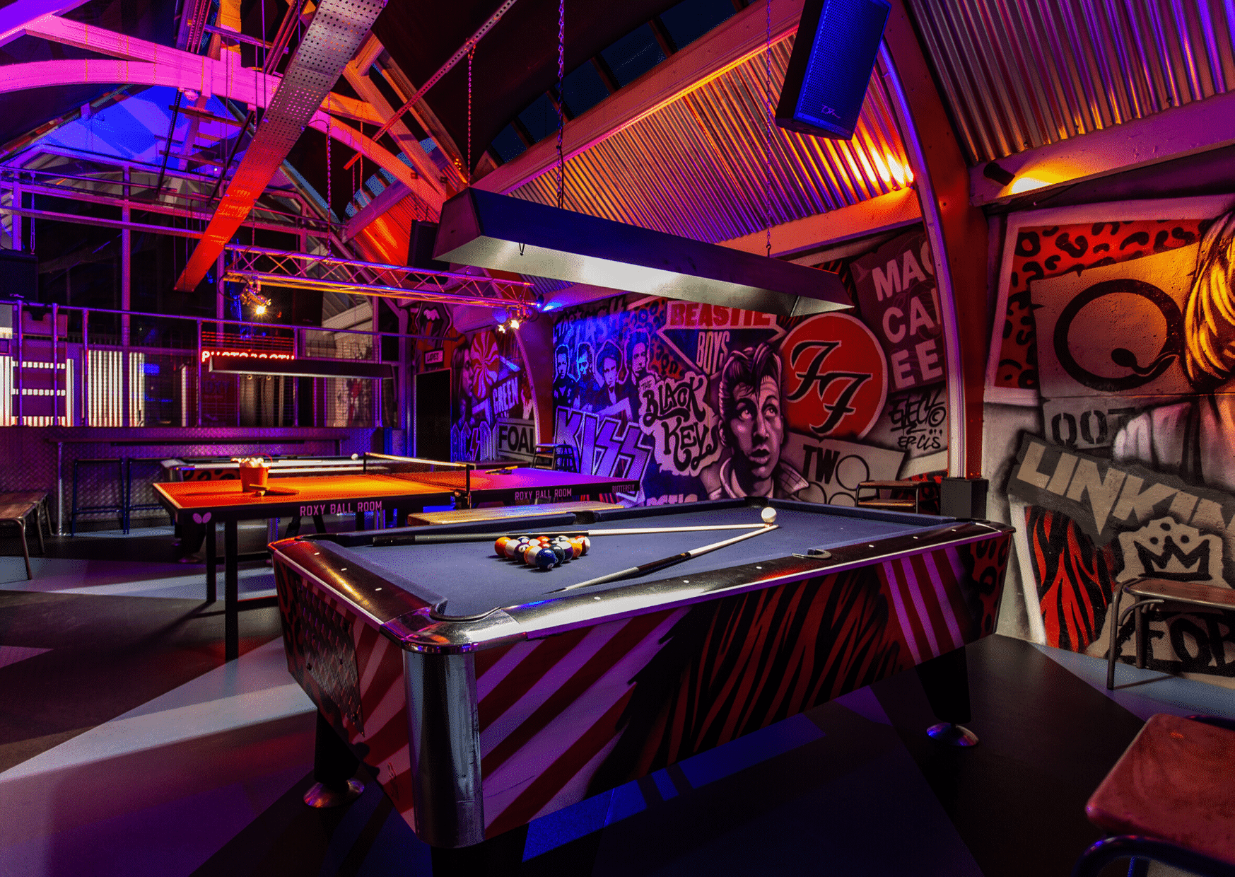 ROXY BALL ROOM MERRION STREET POOL & PING PONG